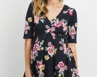 Hello Miz Floral Front Pleats V-neck Maternity Top