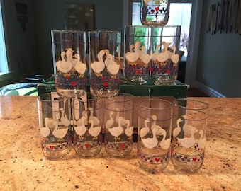 Incredibly Rare Vintage Libbey Glass Country Geese with Navy Check and Heart Boarder Set of Ten Tumblers New Old Stock