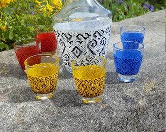 French Liqueur Set / Retro Carafe / Glass Decanter / 6 Shot Glasses / 1960's shot Glass / Graphic Pattern glasses / French Retro glass