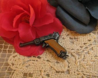 Miniature Vintage LUGER Toy Cap Gun Keychain ~~ Pistol Mini Handgun