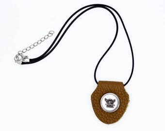 harley brown leather pendant