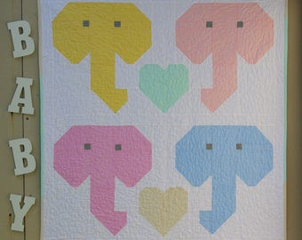 Lovable Elephants Baby Quilt