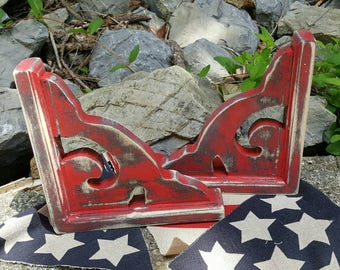 Rustic chippy antique style red corbel set.