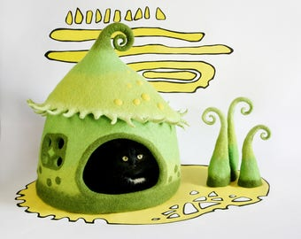 cat cave, cat house, elf house, gnome house, fairy house, pet bed, green, yellow, lime, felt cat cave, fairy taile cat cave, eco friendly