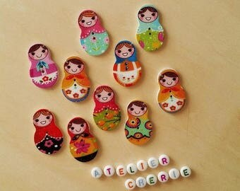 "Set of 05 ""Matrioshka"" wooden buttons / ""Russian Doll"" - multicolored"