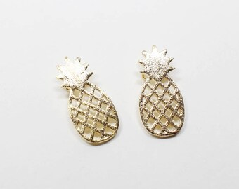 P0526/Anti-Tarnished Gold Plating Over Brass/Flat Pineapple Pendant/8x15mm/2pcs