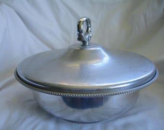 Vintage B.W. Buenilum Covered Casserole Aluminum Bowl,1 & 1/2 quart aluminum covered bowl,1950s retro design