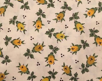 Vintage Fabric yellow Rose Floral Excellent Condition