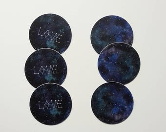 "set of 6 vinyl stickers ""love"" / universe"