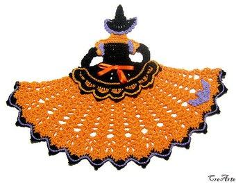 Orange and Black Halloween crochet crinoline witch, strega arancione e nera per Halloween all'uncinetto