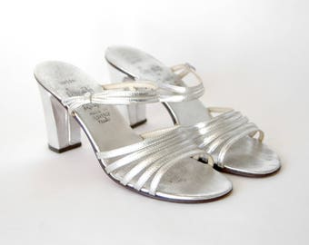 70s Silver Leather Sandals with Heel - Silver Open Toe Strappy Heels - Chunky Heel - Shiny Silver Heeled Sandals - 1970s Strappy Pumps - US