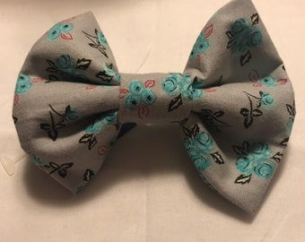 Gray/Blue Floral Bow