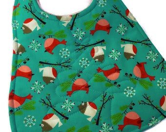 Christmas Baby Bib for girls, Quiltd Christmas Baby Bibs, Cardinals and Robins fabric, Quiltsy Handmade, QQQ Team