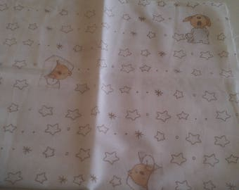 Small FAT quarter cotton printed small bears and stars