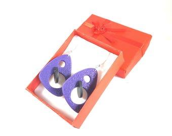 Earrings purple and black 3D