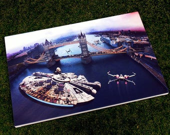 Canvas print - Star Wars v London - Incident at Tower Bridge