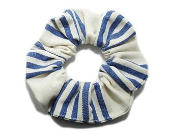 Striped hair scrunchie blue