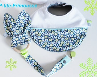Kit gift baby bib, pacifier, teether bunny ears.
