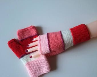 Fingerless gloves women, teen knitted hands reversed colors