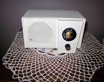 Vintage Westinghouse Tube AM Radio - 1954 Model H743T4