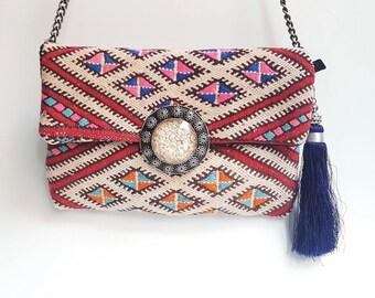 Tribal Vintage kilim Clutch bag with buckle / Shoulder bag / Boho Style Bag