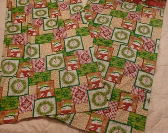 Christmas Wreath & Santas King Pillowcases