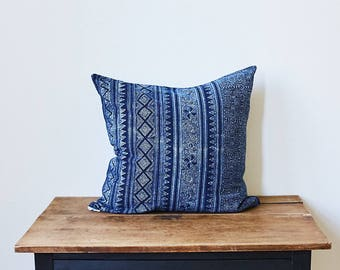 "Mor Hom lumbar throw pillow 20"" x 20"""