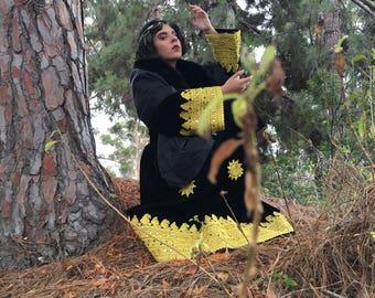 iiiinsane!! Season of the witch gown!