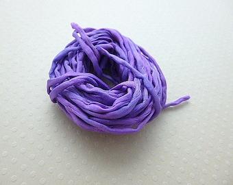 Dyed silk cord hand N ° 938