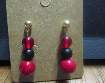 Nice pair of earring studs with three glass beads