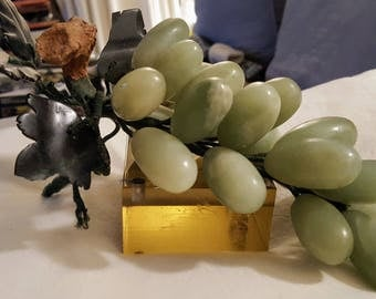 "Very Fine Chinese Jade ""Stone Fruit"" Grape Cluster"
