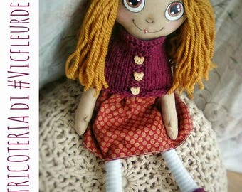Rag doll H. 43 cm handmade, hand painted face, with Bordeaux dress and geometric microfantasies and cape in Tricot
