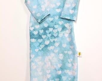 Baby Girl Sleep Gown. Bokeh Hearts on Blue and White