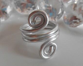 Aluminium ring classical silver arabesque