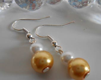 Wedding pearls duo earrings yellow gold and white