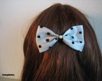Hair clips hair bow white satin and black satin on tulle, handmade