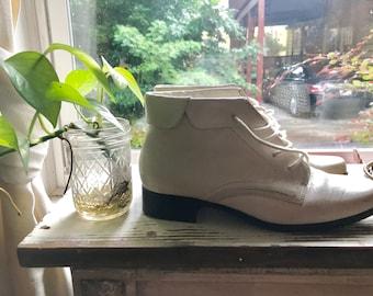 SALE! Vintage 1980s White Ankle Boots