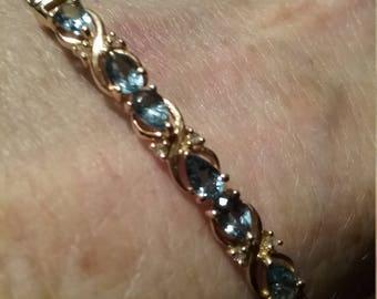 14kt Blue Topaz Bracelet
