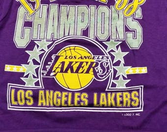 LARGE new vintage logo 7 LA Lakers shirt,nba finals, 80s shirt, 80s tee,vtg vintage shirt