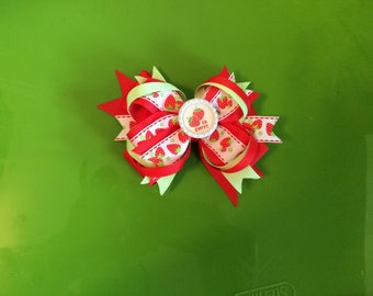 Strawberry hair bow, pick me strawberry hair bow, Green and red hair bow, summer hair bow, green and red strawberry hair bow, piggy tail