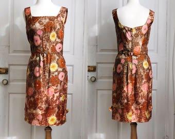 1960s / 60s Vintage Autumn Flowers Sheath Dress with Bow Details / Medium