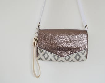 """""""Feminine"""" bag with handle and strap in jacquard and bronze"""