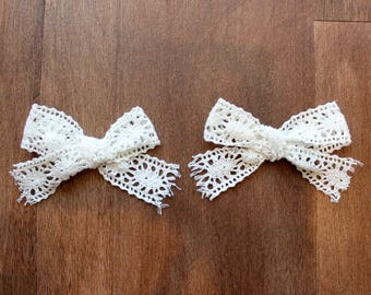 Pig Tail Bow