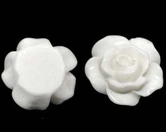 Set of 10 flowers 10 mm white resin cabochons