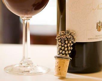 Silver Grape Wine Stopper