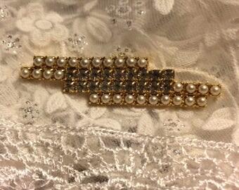 Vintage Pearl and Rhinestone Bar Pin Brooch