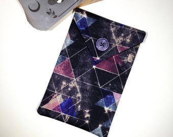 Sacred Cosmos Tarot Deck Bag - Geometric Space Triangle Tarot Pouch Purple and Grey Tarot Oracle Card Case Night Sky Fractal Oracle Bag