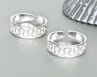 Silver Wave Toe Ring, Silver Toe Band, Adjustable Toe Ring, Minimalist Toe Rings, Gift Toe Ring, Shiny Silver Toe  Band, (TS110)