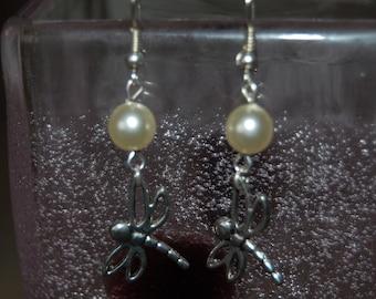 dragonflies, cream pearls earrings