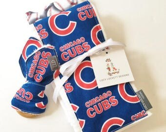 Chicago Cubs Burp Cloth Set (Set of 2 Cloths)  Cubs Bib, Cubs Teether, MLB Gift